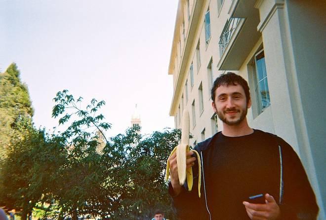 Joey & banana